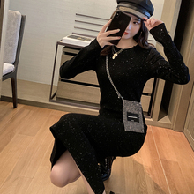 Sleeves Shiny Black Slim mid length back slit dress in autumn and winter