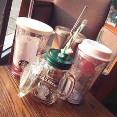 Детский поильник Starbucks
