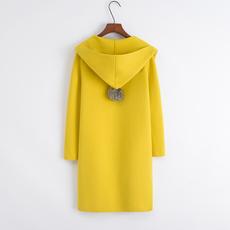 Womens sweater Весной и осенью и