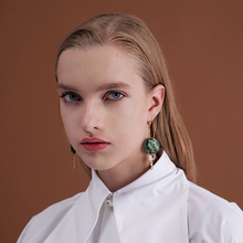 Original atmospheric green Earrings ins small crowd design French cold air face thin anti allergy Earrings female