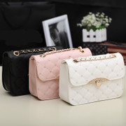2014 new Korean women high-grade retro Ladies Diamond Buckle Lingge chain bag handbag shoulder tide package