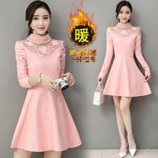 Женское платье 1865 2016