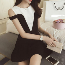 2019 dress new casual fashion off shoulder sweet light luxury Celebrity Black and white contrast off shoulder dress women summer