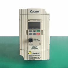 Инвертор Delta 380V220V 1.5KW2.2KW0.75KW
